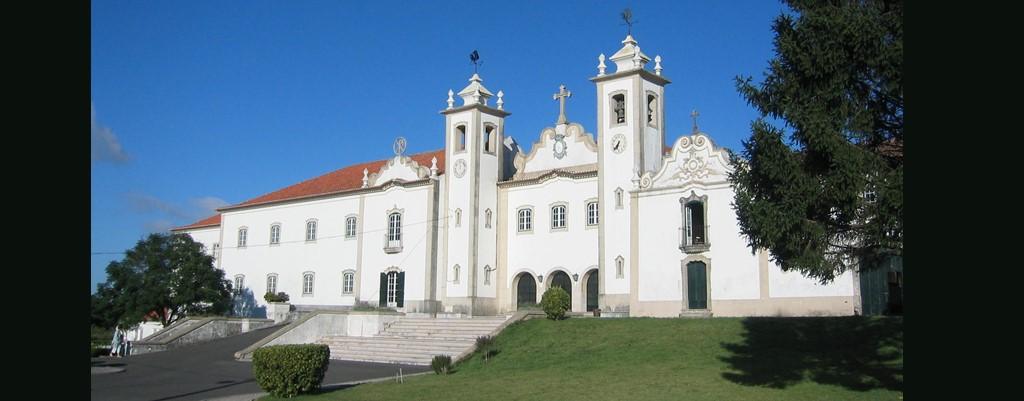Reportagem: «Da 'Sala de espera' vê-se a serra de Sintra»